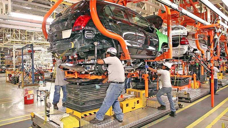 Manufacturas y comercio «ganan tajada» en inversión extranjera de NL