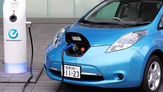 """Regios """"se ponen eléctricos"""" venta de autos se eleva 57.3%"""