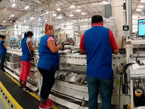 Industriales de NL afirman: recuperación… ¡para 2021!
