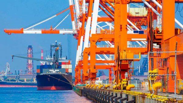 Exportaciones en Nuevo León 'agarran vuelo' tras freno económico; crecerán 8% en 2021
