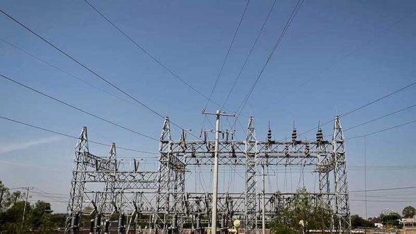 SE urge a empresas energéticas de NL firmar convenio para incluir a proveedores locales