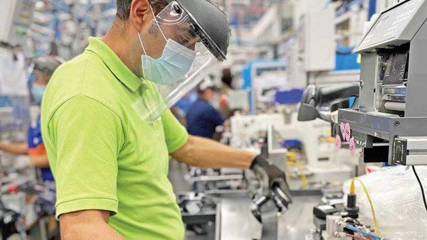Industria de Nuevo León no solo enfrenta alza en materias primas…¡también desabasto!